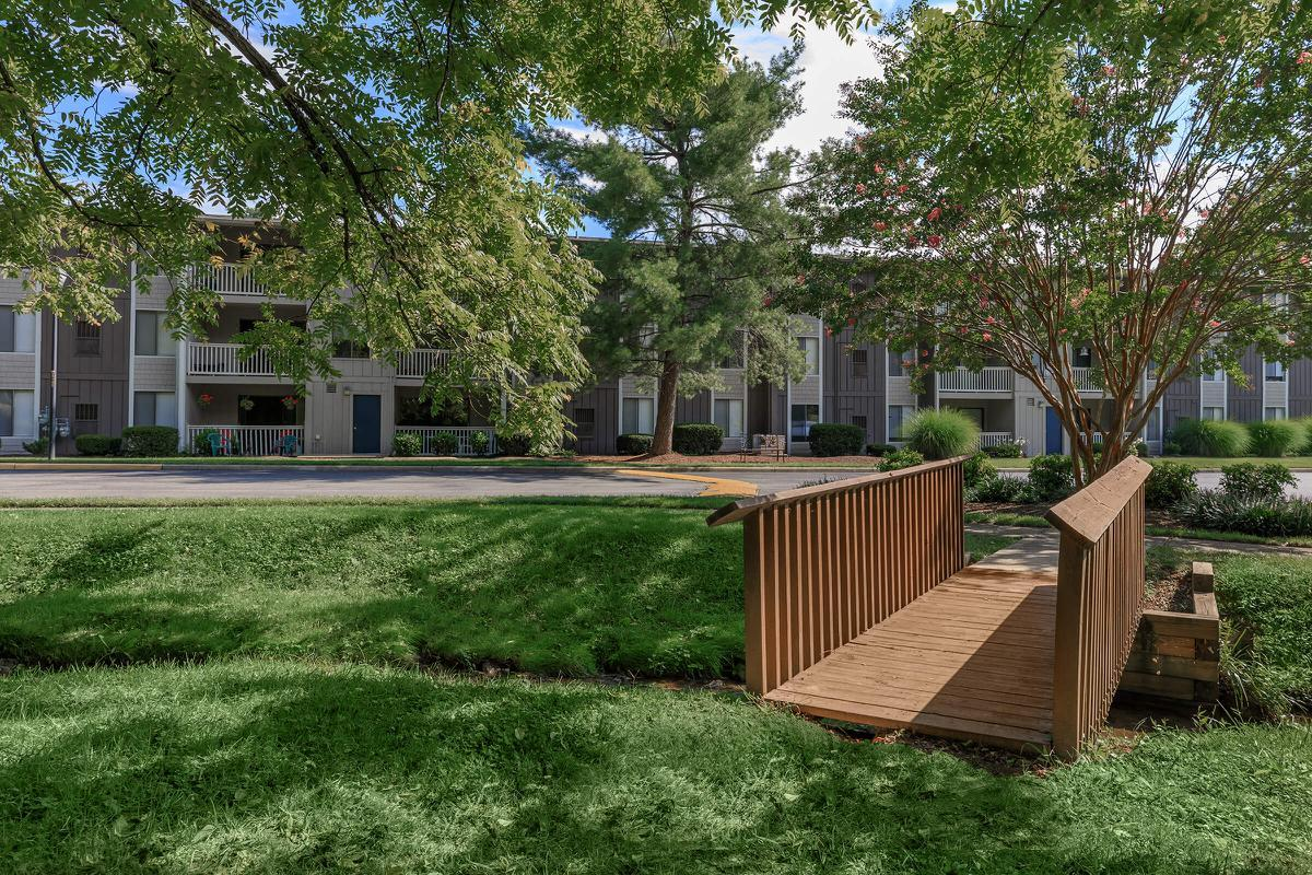 BRING YOUR PETS TO PEBBLE CREEK APARTMENTS