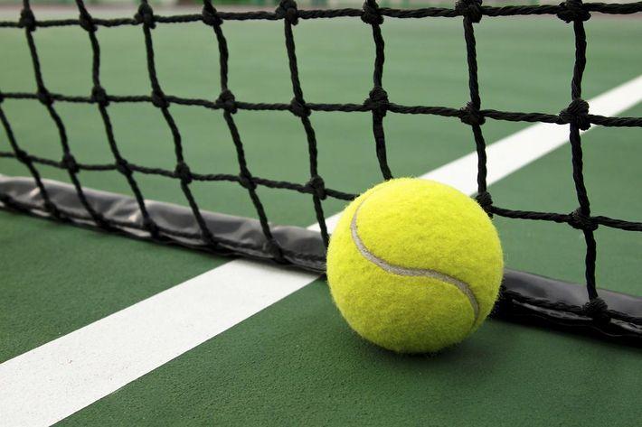 tennis_iStock_000013795033r.jpg
