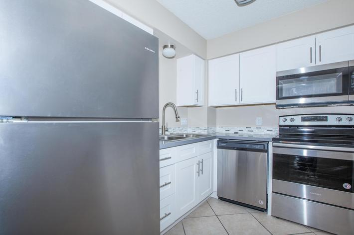 MARK 1 APARTMENTS IN LAS VEGAS HAS ALL-ELECTRIC KITCHENS