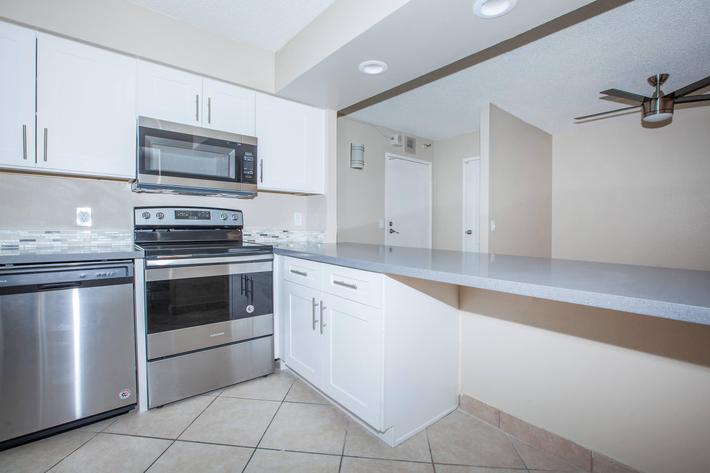 MARK 1 APARTMENTS IN LAS VEGAS HAS ALL-ELECTRIC KITCHENS WITH BREAKFAST BAR