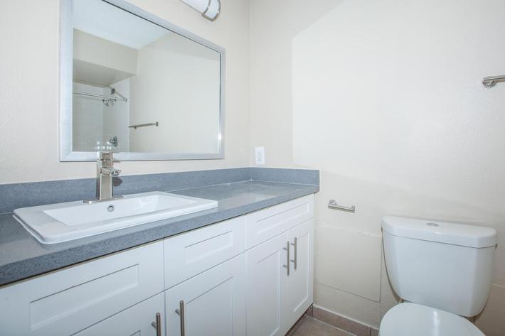 MODERN BATHROOMS AT MARK 1 APARTMENTS IN LAS VEGAS