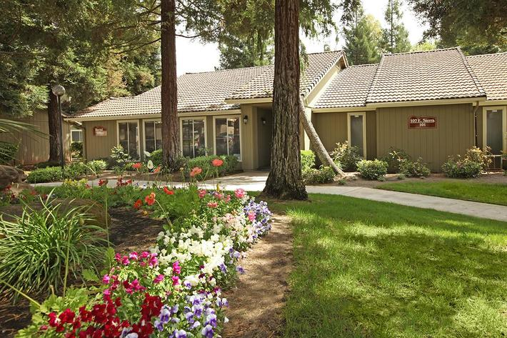 Sierra Meadows has gated community access