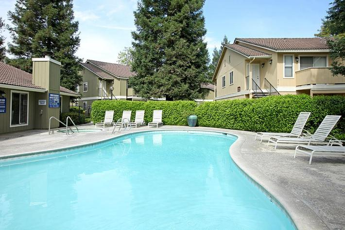 Take a dip in the pool at Sierra Meadows