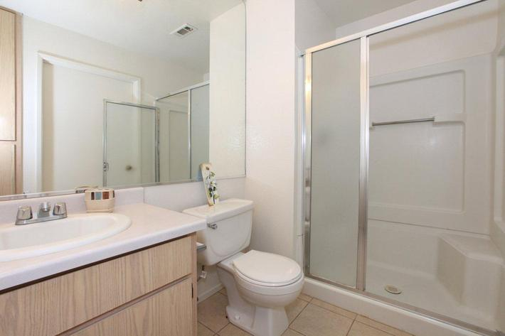 Sierra Meadows provides modern bathrooms