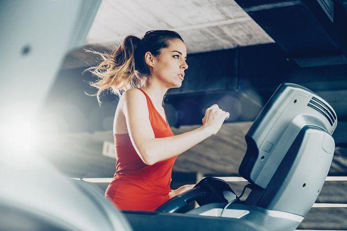amenities-fitness-treadmill-4.jpg