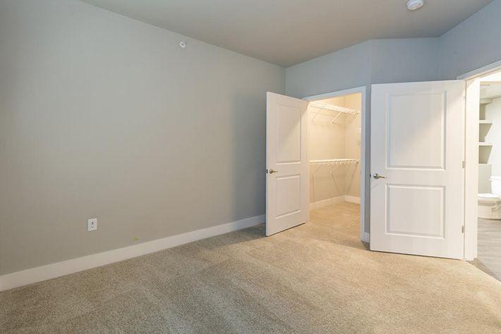 B3 guest bedroom.closet.jpg