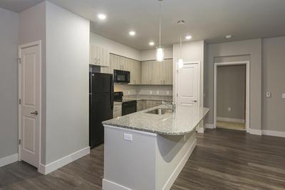 B3 kitchen.jpg