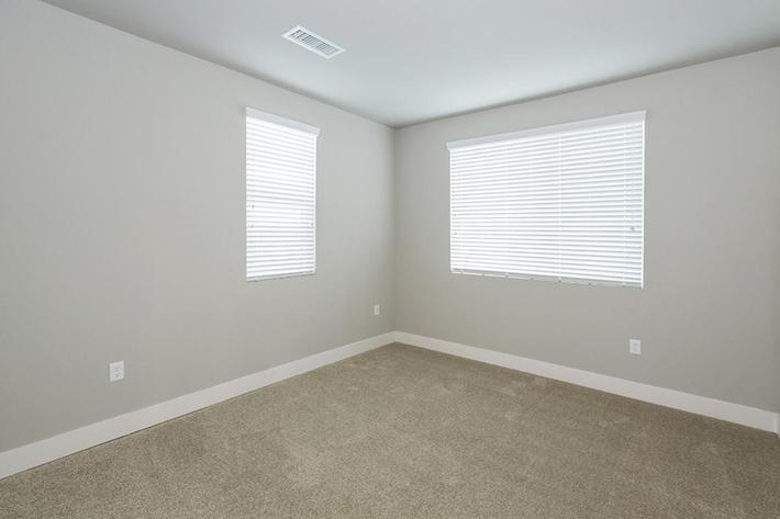 b1 guest bedroom.jpg