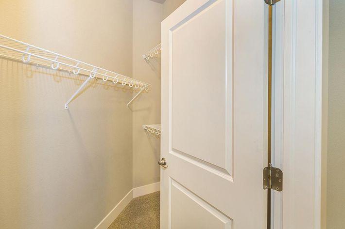 A3 walkin closet.jpg