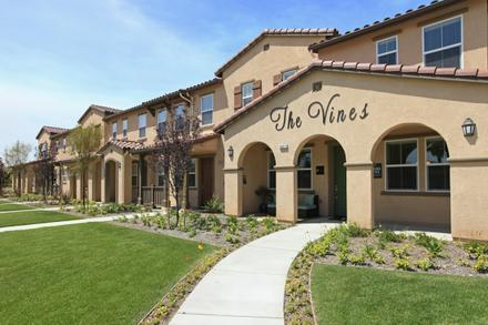 The Vines at Riverpark Image