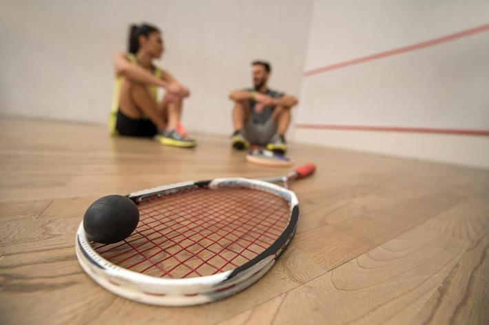 amenities-racquetball.jpg