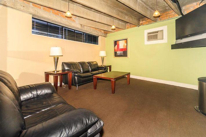 Resident Lounge at The Barbizon