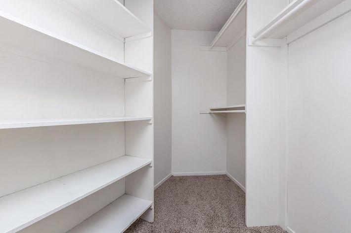Walk-in Closets at Las Palmas