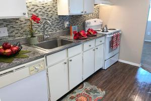 SLEEK ROSA PEARL GRANITE COUNTERTOPS
