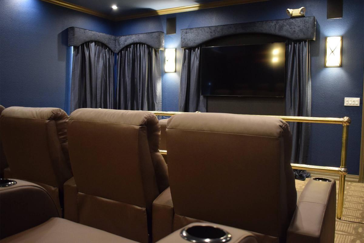 Theater Room 2.jpg