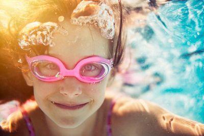 amenities-pool-kid underwater.jpg