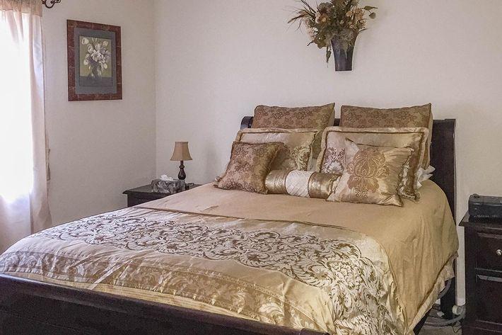 1BR-Bedroom-2.jpg