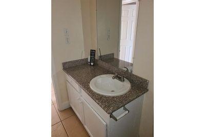 restroom sink.jpg