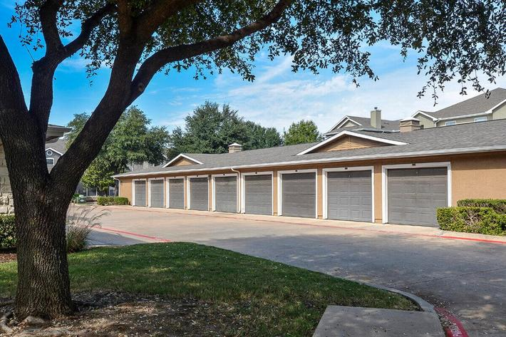 The Vineyards Apartments in Frisco, TX - Exterior 34.jpg