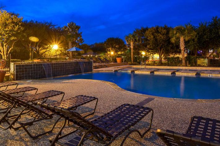 The Vineyards Apartments in Frisco, TX - Swimming Pool 15.jpg