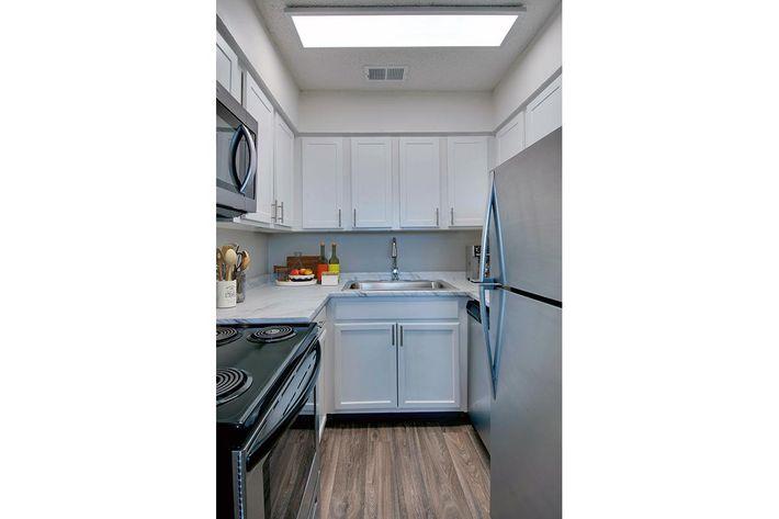 Modern Kitchen in Huntsville, AL