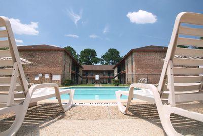 IMG_0998_The Regency Apartments_Beaumont_pool.JPG