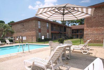 IMG_1008_The Regency Apartments_Beaumont_Pool.JPG