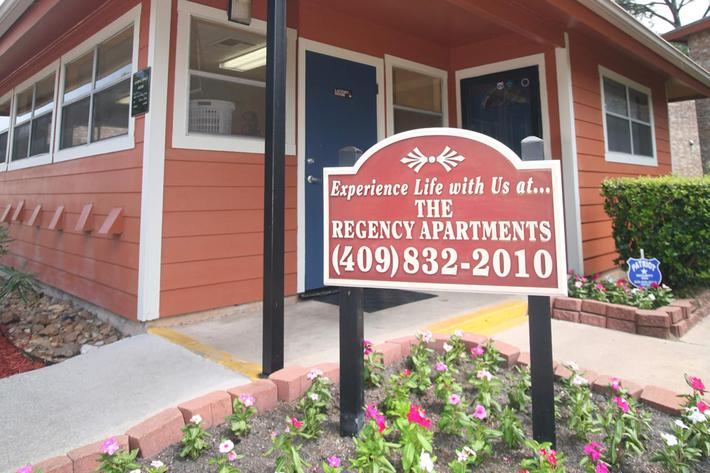 IMG_1030_The Regency Apartments_Beaumont Office_2.JPG