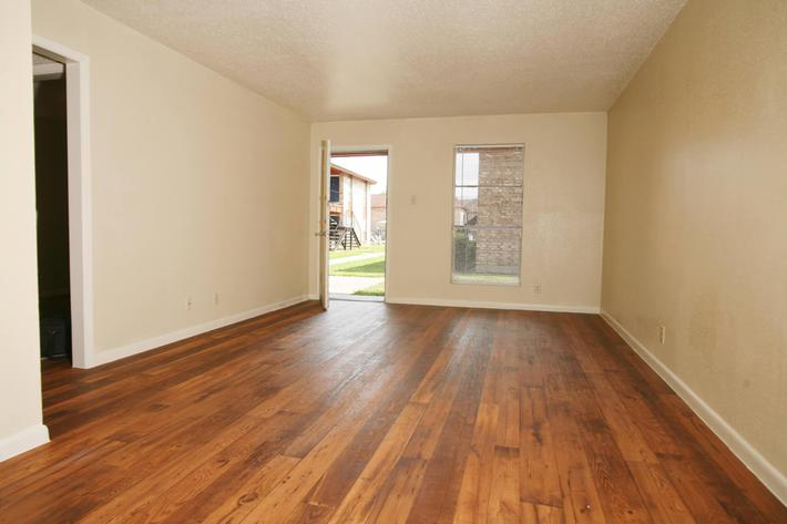 IMG_1069_The Regency Apartments_Beautiful Wood Style Floors.JPG