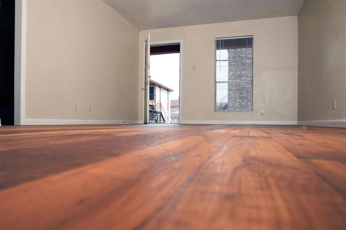 IMG_1074_The Regency Apartments_.Wood Style FloorsJPG.JPG