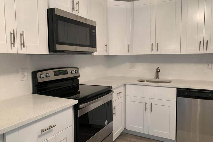 All-electric kitchen at Belaire Tower Apartments Boca Raton, FL.