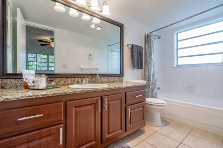 Modern bathrooms at Belaire Tower Apartments Boca Raton, Florida.