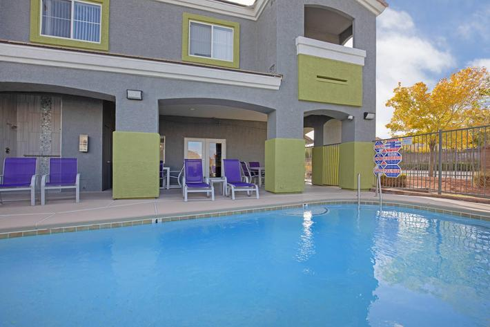 TAKE A PLUNGE AT TIERRA VILLAS IN LAS VEGAS