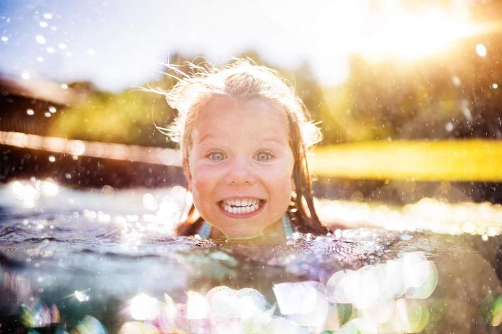 girl swimming - iStock-469640978_super.jpg