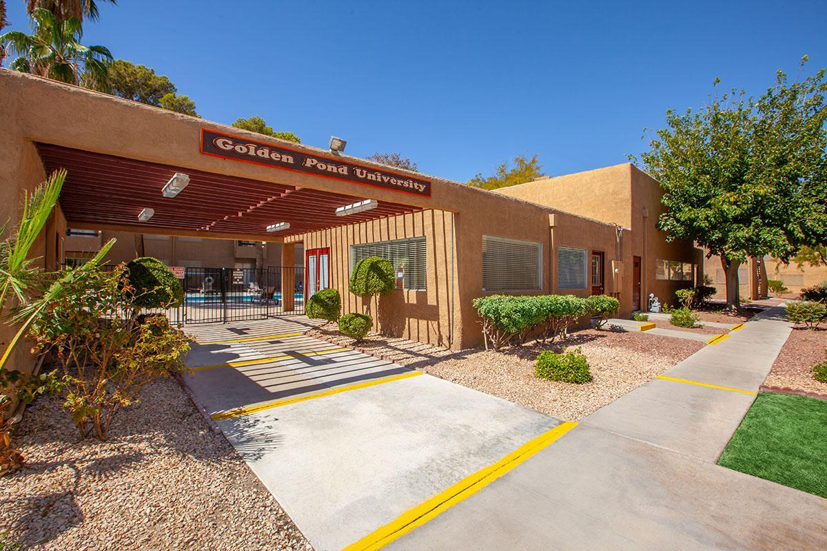 LOVELY APARTMENT HOMES AT GOLDEN POND IN LAS VEGAS
