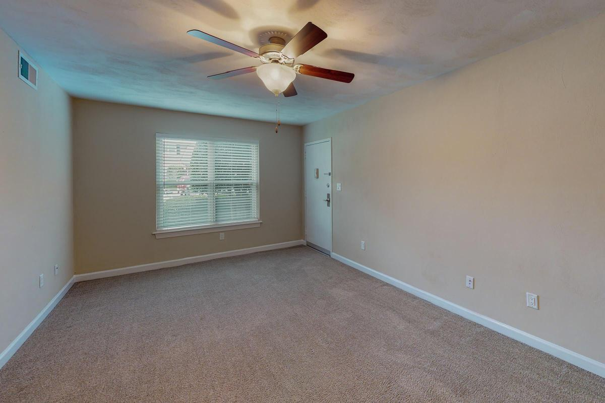 Lake-Bradford-2BR-The-Bayview-Unfurnished(1).jpg