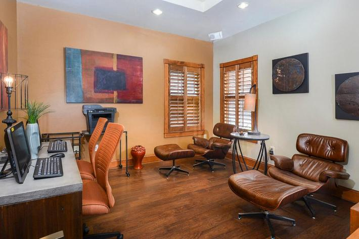 Westshore Colony Apartments in New Braunfels, TX - Business Center 03.jpg