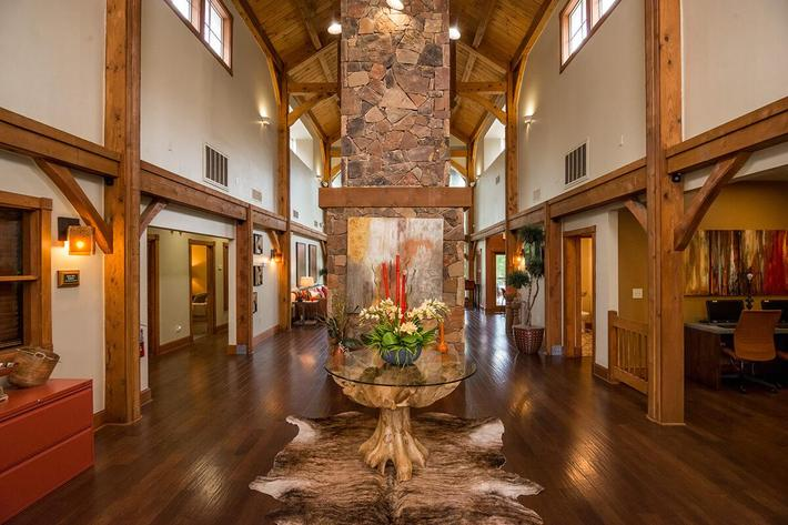 Westshore Colony Apartments in New Braunfels, TX - Clubhouse 01.jpg