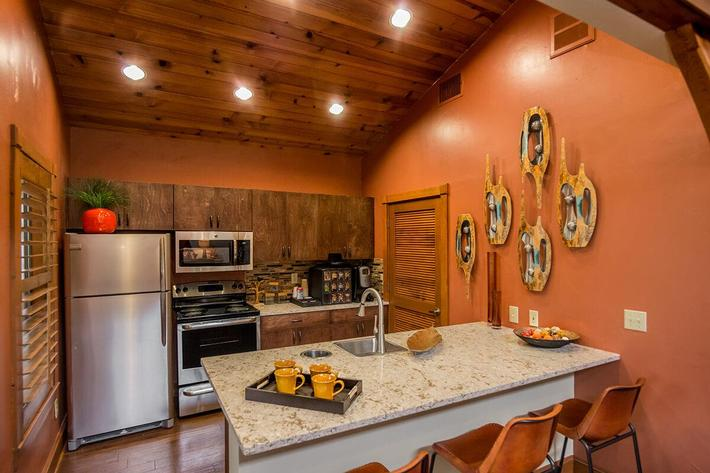 Westshore Colony Apartments in New Braunfels, TX - Clubhouse 05.jpg