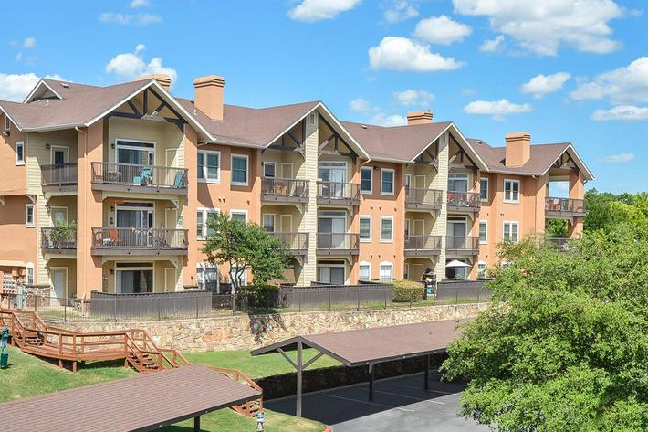Westshore Colony Apartments in New Braunfels, TX - Exterior 19.jpg