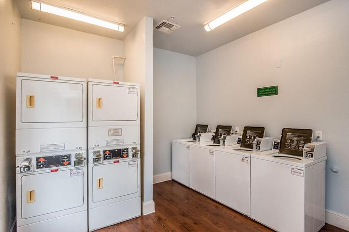 Westshore Colony Apartments in New Braunfels, TX - Laundry Room 01.jpg