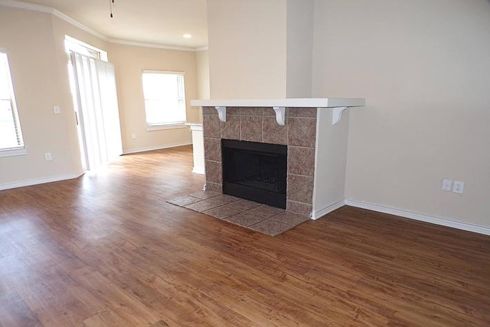 Anaqua Fireplace .jpg