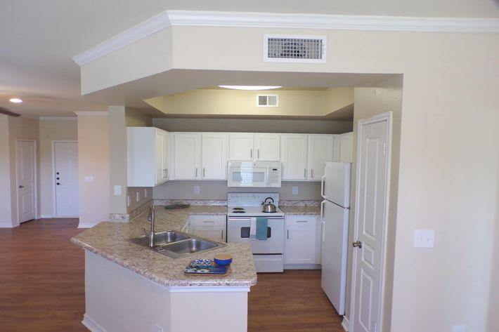 Cypress Kitchen 2.jpg