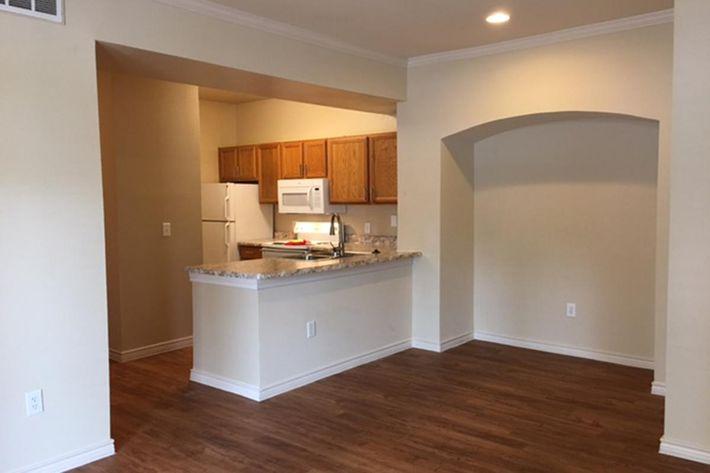 Westshore Colony Apartments in New Braunfels, TX - Interior 01.JPG