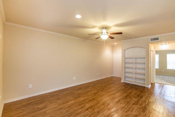 Westshore Colony Apartments in New Braunfels, TX - Interior 02.jpg