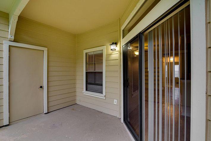 Westshore Colony Apartments in New Braunfels, TX - Interior 09.jpg