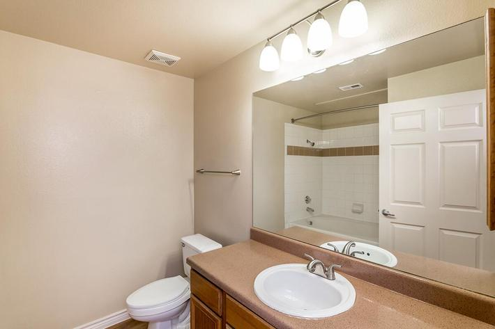 Westshore Colony Apartments in New Braunfels, TX - Interior 14.jpg
