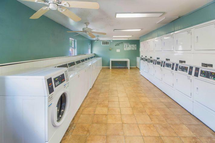 Laundry-width-2400px.jpg