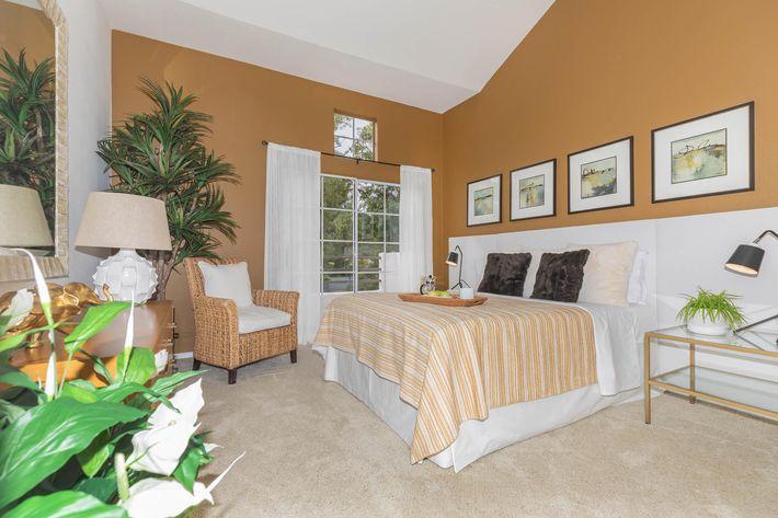 Cozy bedrooms in Woodland Hills, California