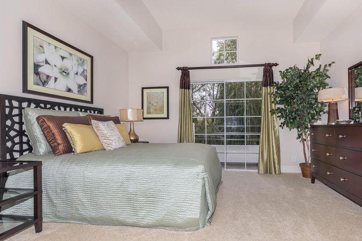 Elegant bedrooms in Woodland Hills, CA